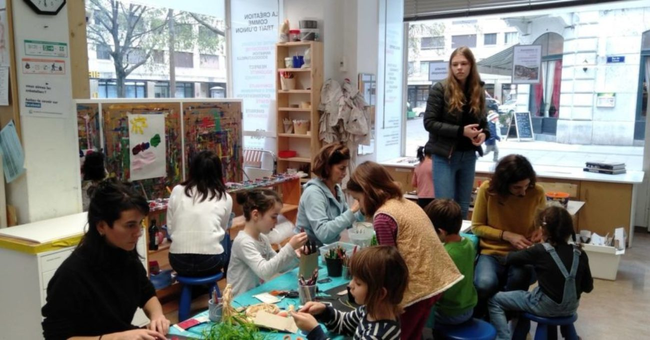 Atelier d'éveil plastique parents-enfants